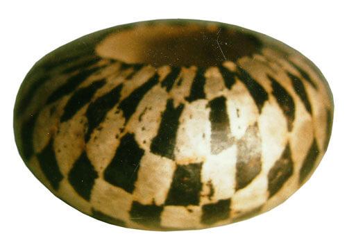 Hand-raised-bowl-10w