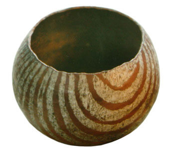 Hand-raised-bowl-6